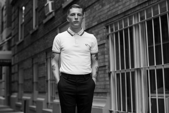 fred-perry-white-polo