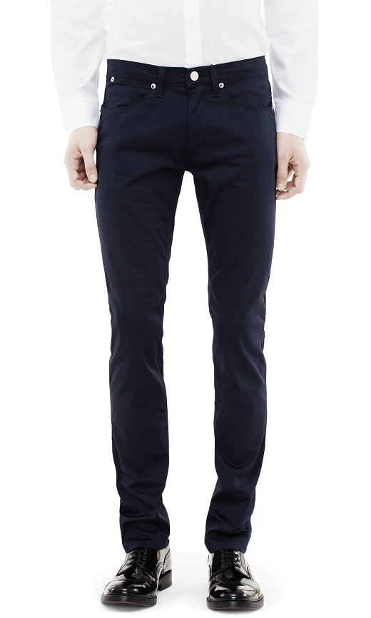 3. Jean semi-slim Acne