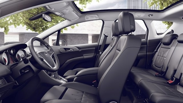 Opel_Meriva_Comfort_and_Space_768x432_me145_i01_165