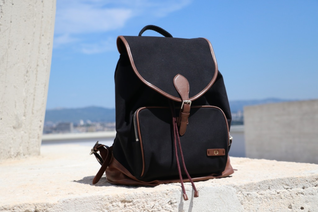 sac-noir-fred-perry