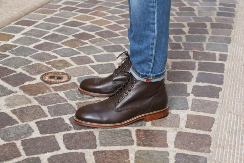 bottines-en-cuir-marron-look-homme