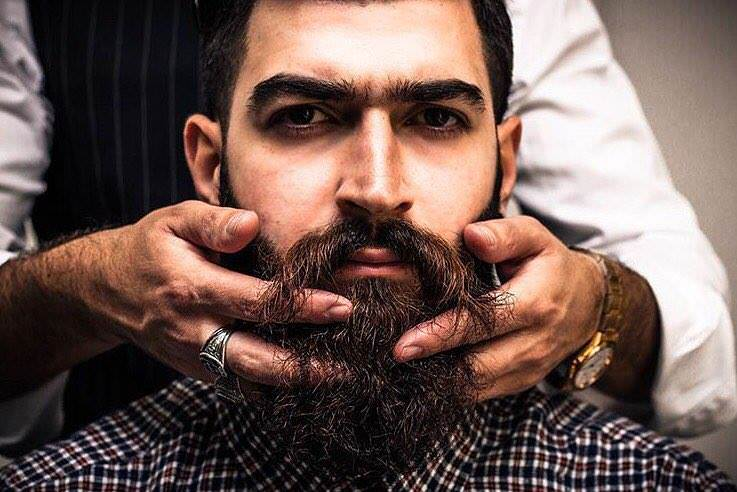 comment-tailler-sa-barbe-conseils-astuces